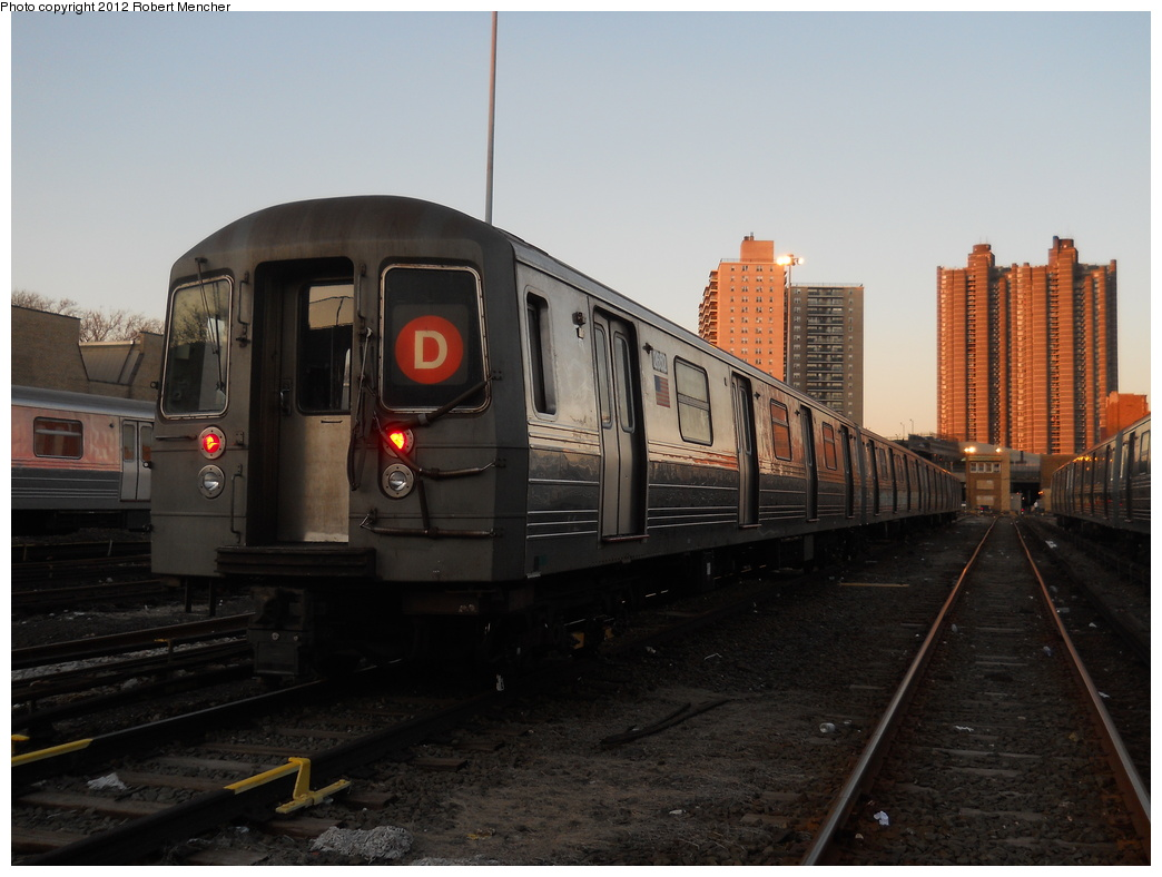 (311k, 1044x788)<br><b>Country:</b> United States<br><b>City:</b> New York<br><b>System:</b> New York City Transit<br><b>Location:</b> Concourse Yard<br><b>Car:</b> R-68 (Westinghouse-Amrail, 1986-1988)  2652 <br><b>Photo by:</b> Robert Mencher<br><b>Date:</b> 2/13/2012<br><b>Viewed (this week/total):</b> 2 / 273