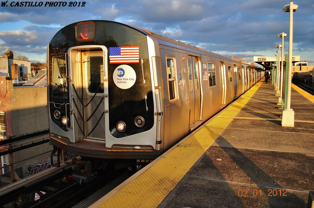 (365k, 1024x677)<br><b>Country:</b> United States<br><b>City:</b> New York<br><b>System:</b> New York City Transit<br><b>Line:</b> BMT Nassau Street/Jamaica Line<br><b>Location:</b> Van Siclen Avenue <br><b>Route:</b> J<br><b>Car:</b> R-160A-1 (Alstom, 2005-2008, 4 car sets)  8564 <br><b>Photo by:</b> Wilfredo Castillo<br><b>Date:</b> 1/2/2012<br><b>Viewed (this week/total):</b> 2 / 272