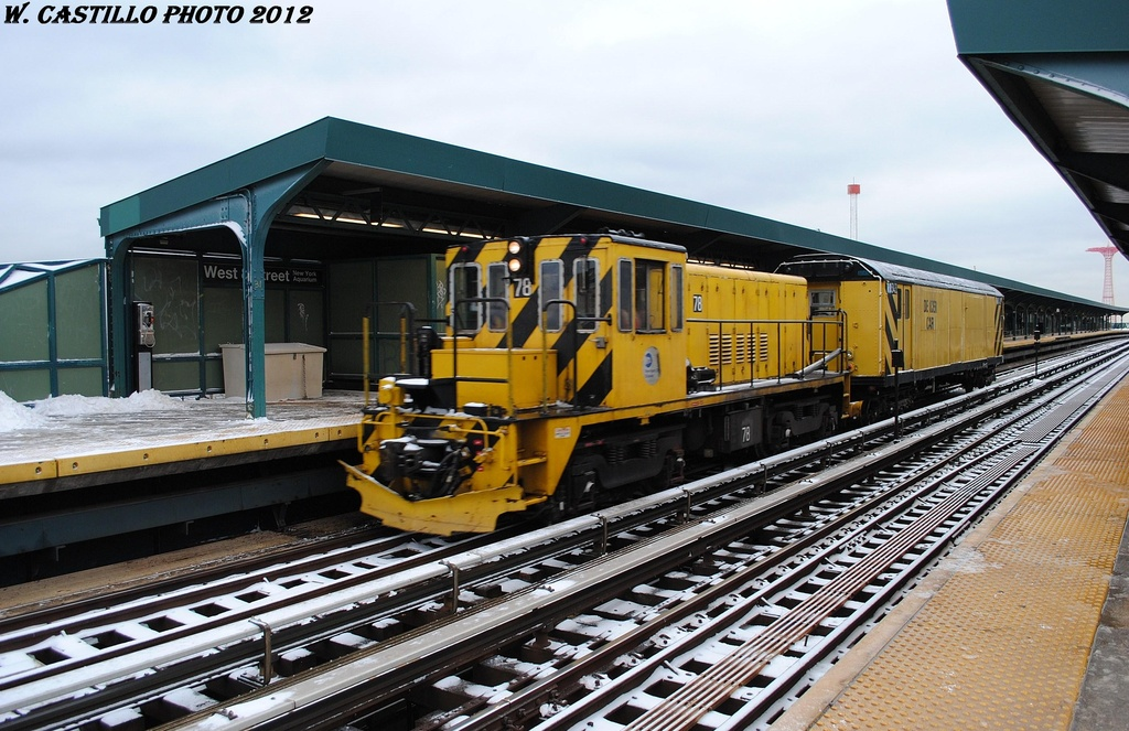 (338k, 1024x663)<br><b>Country:</b> United States<br><b>City:</b> New York<br><b>System:</b> New York City Transit<br><b>Line:</b> BMT Brighton Line<br><b>Location:</b> West 8th Street <br><b>Route:</b> Work Service<br><b>Car:</b> R-52 Locomotive  78 <br><b>Photo by:</b> Wilfredo Castillo<br><b>Date:</b> 1/21/2012<br><b>Notes:</b> De-icer train.<br><b>Viewed (this week/total):</b> 0 / 155