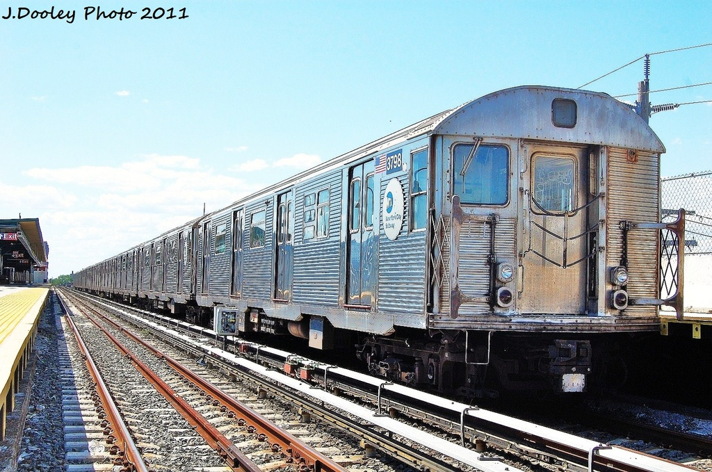 (400k, 1024x679)<br><b>Country:</b> United States<br><b>City:</b> New York<br><b>System:</b> New York City Transit<br><b>Line:</b> IND Rockaway<br><b>Location:</b> Beach 44th Street/Frank Avenue <br><b>Route:</b> A<br><b>Car:</b> R-32 (Budd, 1964)  3798 <br><b>Photo by:</b> John Dooley<br><b>Date:</b> 8/11/2011<br><b>Viewed (this week/total):</b> 1 / 268