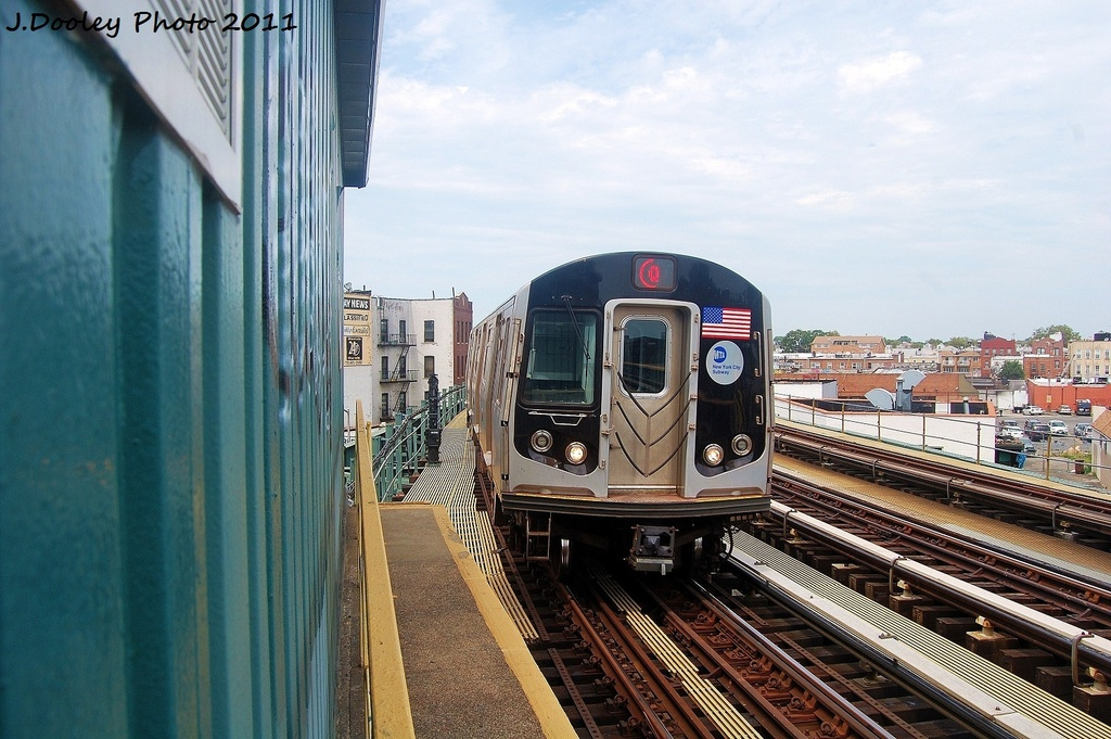 (336k, 1024x681)<br><b>Country:</b> United States<br><b>City:</b> New York<br><b>System:</b> New York City Transit<br><b>Line:</b> BMT West End Line<br><b>Location:</b> 79th Street <br><b>Route:</b> Q reroute<br><b>Car:</b> R-160B (Option 1) (Kawasaki, 2008-2009)  8977 <br><b>Photo by:</b> John Dooley<br><b>Date:</b> 7/23/2011<br><b>Viewed (this week/total):</b> 6 / 193
