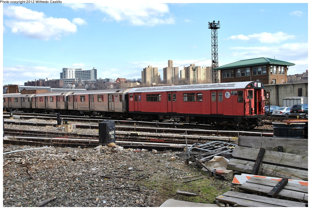 (404k, 1044x707)<br><b>Country:</b> United States<br><b>City:</b> New York<br><b>System:</b> New York City Transit<br><b>Location:</b> 207th Street Yard<br><b>Car:</b> R-33 World's Fair (St. Louis, 1963-64) 9309 <br><b>Photo by:</b> Wilfredo Castillo<br><b>Date:</b> 2/1/2012<br><b>Viewed (this week/total):</b> 3 / 423