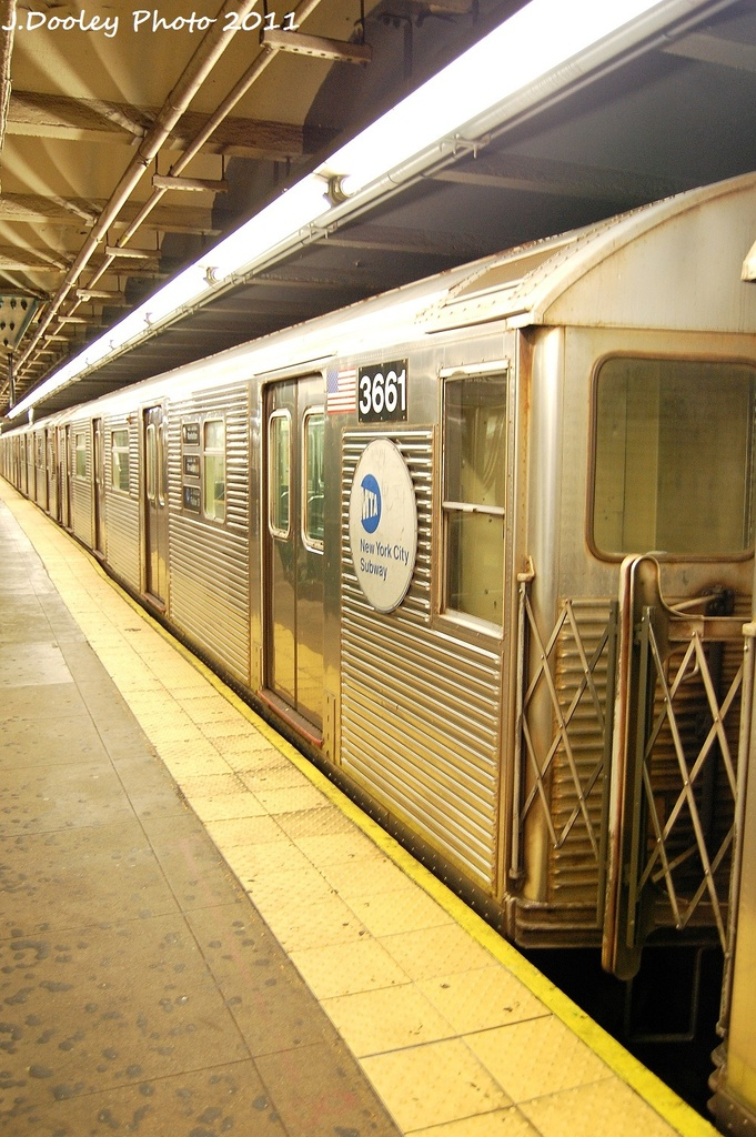 (353k, 681x1024)<br><b>Country:</b> United States<br><b>City:</b> New York<br><b>System:</b> New York City Transit<br><b>Line:</b> IND 8th Avenue Line<br><b>Location:</b> 168th Street <br><b>Route:</b> C<br><b>Car:</b> R-32 (Budd, 1964)  3661 <br><b>Photo by:</b> John Dooley<br><b>Date:</b> 9/22/2011<br><b>Viewed (this week/total):</b> 0 / 108
