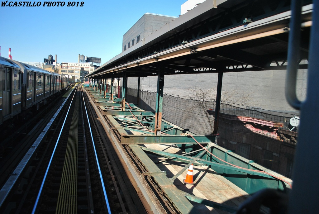 (310k, 1024x687)<br><b>Country:</b> United States<br><b>City:</b> New York<br><b>System:</b> New York City Transit<br><b>Line:</b> IRT Flushing Line<br><b>Location:</b> Court House Square/45th Road <br><b>Photo by:</b> Wilfredo Castillo<br><b>Date:</b> 3/6/2012<br><b>Viewed (this week/total):</b> 6 / 538