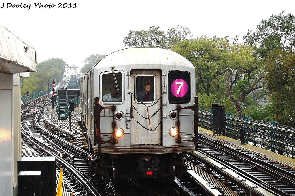 (412k, 1024x681)<br><b>Country:</b> United States<br><b>City:</b> New York<br><b>System:</b> New York City Transit<br><b>Line:</b> IRT Flushing Line<br><b>Location:</b> Willets Point/Mets (fmr. Shea Stadium) <br><b>Route:</b> 7<br><b>Car:</b> R-62A (Bombardier, 1984-1987)  2000 <br><b>Photo by:</b> John Dooley<br><b>Date:</b> 9/20/2011<br><b>Viewed (this week/total):</b> 2 / 495