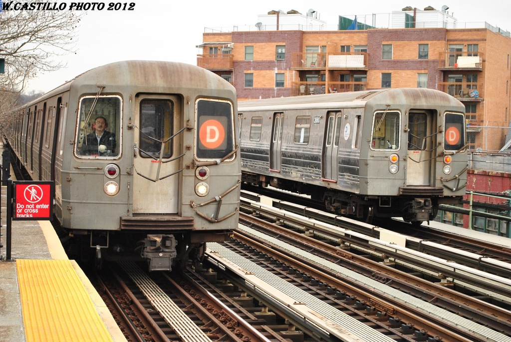 (369k, 1024x687)<br><b>Country:</b> United States<br><b>City:</b> New York<br><b>System:</b> New York City Transit<br><b>Line:</b> BMT West End Line<br><b>Location:</b> 20th Avenue <br><b>Route:</b> D<br><b>Car:</b> R-68 (Westinghouse-Amrail, 1986-1988)  2680 <br><b>Photo by:</b> Wilfredo Castillo<br><b>Date:</b> 3/1/2012<br><b>Viewed (this week/total):</b> 1 / 778