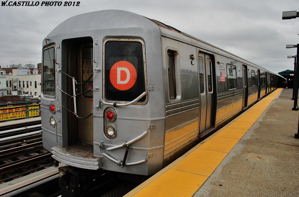 (322k, 1024x677)<br><b>Country:</b> United States<br><b>City:</b> New York<br><b>System:</b> New York City Transit<br><b>Line:</b> BMT West End Line<br><b>Location:</b> 20th Avenue <br><b>Route:</b> D<br><b>Car:</b> R-68 (Westinghouse-Amrail, 1986-1988)  2720 <br><b>Photo by:</b> Wilfredo Castillo<br><b>Date:</b> 3/1/2012<br><b>Viewed (this week/total):</b> 4 / 888