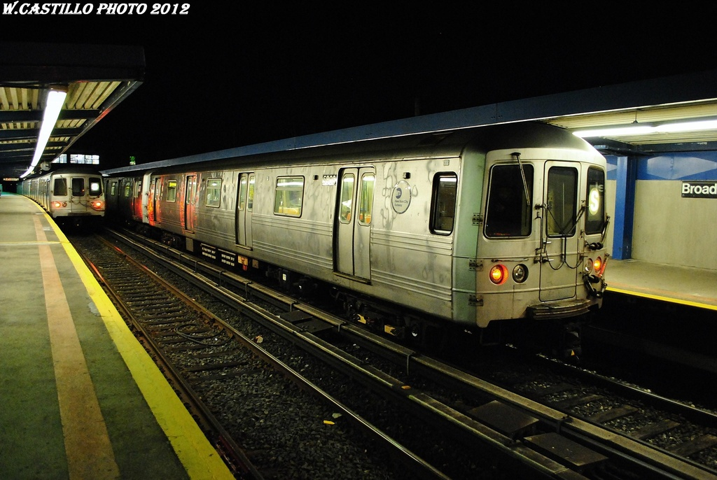 (297k, 1024x686)<br><b>Country:</b> United States<br><b>City:</b> New York<br><b>System:</b> New York City Transit<br><b>Line:</b> IND Rockaway<br><b>Location:</b> Broad Channel <br><b>Route:</b> S<br><b>Car:</b> R-46 (Pullman-Standard, 1974-75) 5908 <br><b>Photo by:</b> Wilfredo Castillo<br><b>Date:</b> 3/3/2012<br><b>Viewed (this week/total):</b> 3 / 678