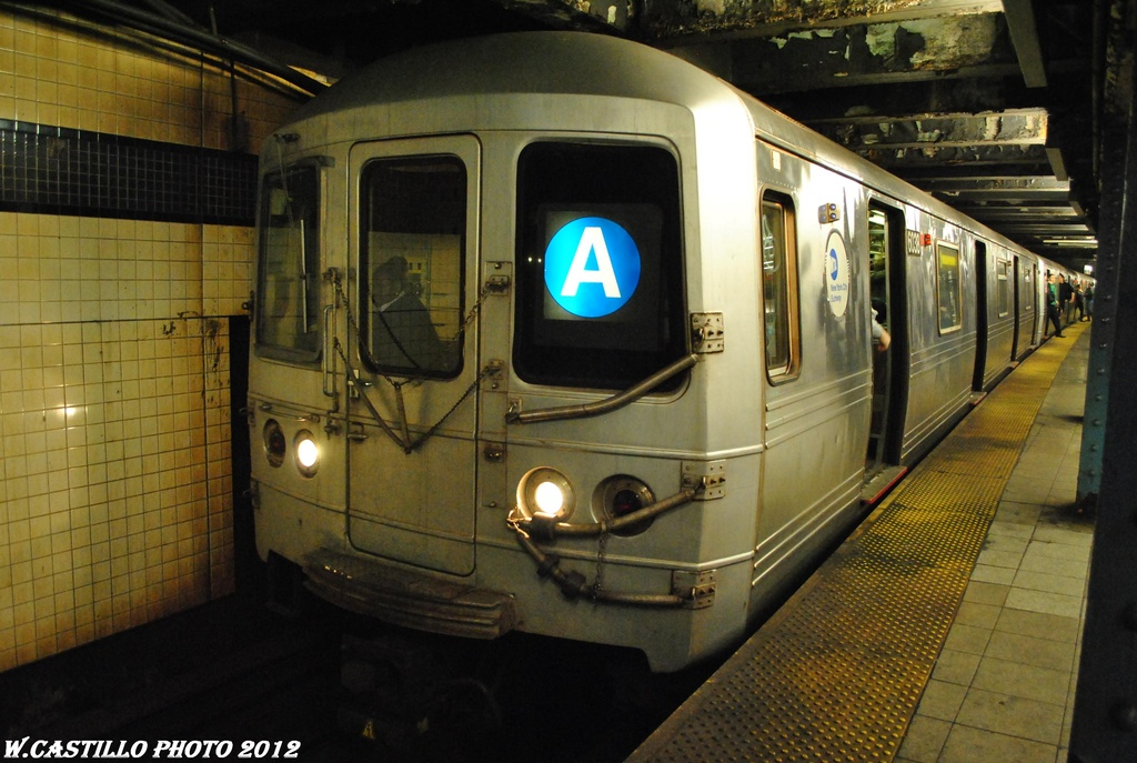 (296k, 1024x687)<br><b>Country:</b> United States<br><b>City:</b> New York<br><b>System:</b> New York City Transit<br><b>Line:</b> IND Queens Boulevard Line<br><b>Location:</b> 7th Avenue/53rd Street <br><b>Route:</b> A reroute<br><b>Car:</b> R-46 (Pullman-Standard, 1974-75) 6038 <br><b>Photo by:</b> Wilfredo Castillo<br><b>Date:</b> 3/12/2012<br><b>Viewed (this week/total):</b> 1 / 815