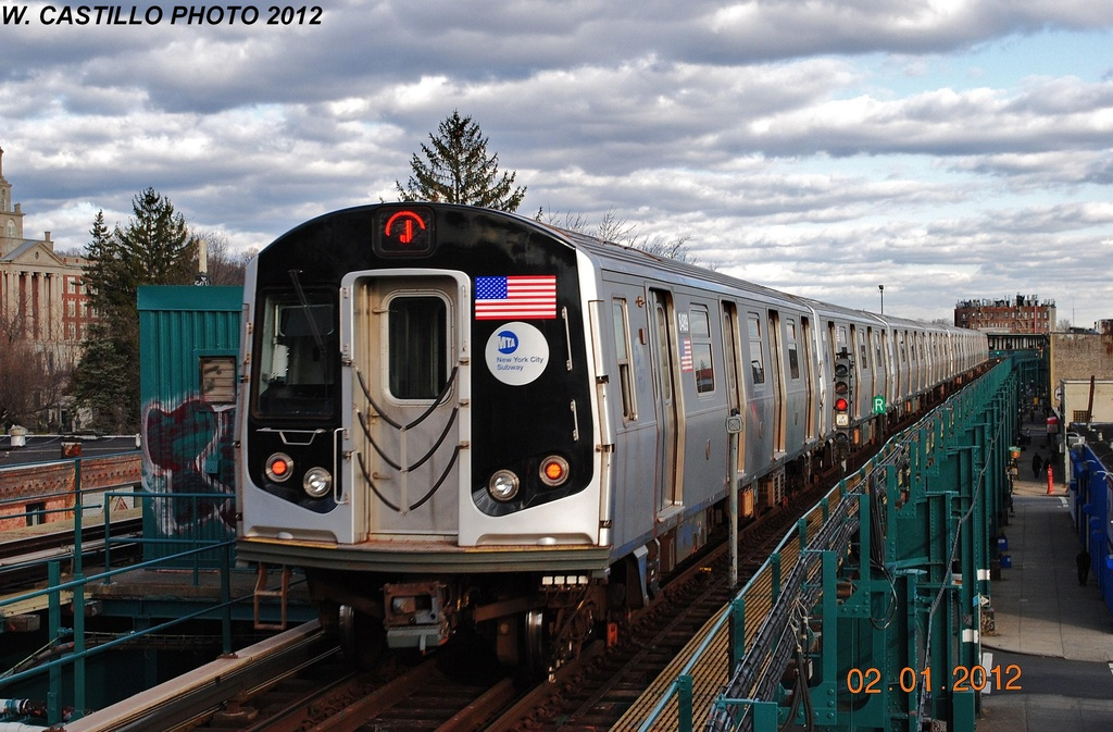 (330k, 1024x673)<br><b>Country:</b> United States<br><b>City:</b> New York<br><b>System:</b> New York City Transit<br><b>Line:</b> BMT Nassau Street/Jamaica Line<br><b>Location:</b> Cypress Hills <br><b>Route:</b> J<br><b>Car:</b> R-160A-1 (Alstom, 2005-2008, 4 car sets)  8489 <br><b>Photo by:</b> Wilfredo Castillo<br><b>Date:</b> 1/2/2012<br><b>Viewed (this week/total):</b> 12 / 498