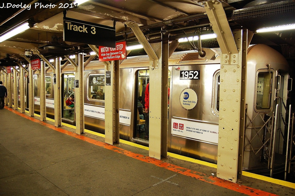 (416k, 1024x680)<br><b>Country:</b> United States<br><b>City:</b> New York<br><b>System:</b> New York City Transit<br><b>Line:</b> IRT Times Square-Grand Central Shuttle<br><b>Location:</b> Times Square <br><b>Route:</b> S<br><b>Car:</b> R-62A (Bombardier, 1984-1987)  1952 <br><b>Photo by:</b> John Dooley<br><b>Date:</b> 10/23/2011<br><b>Viewed (this week/total):</b> 2 / 360