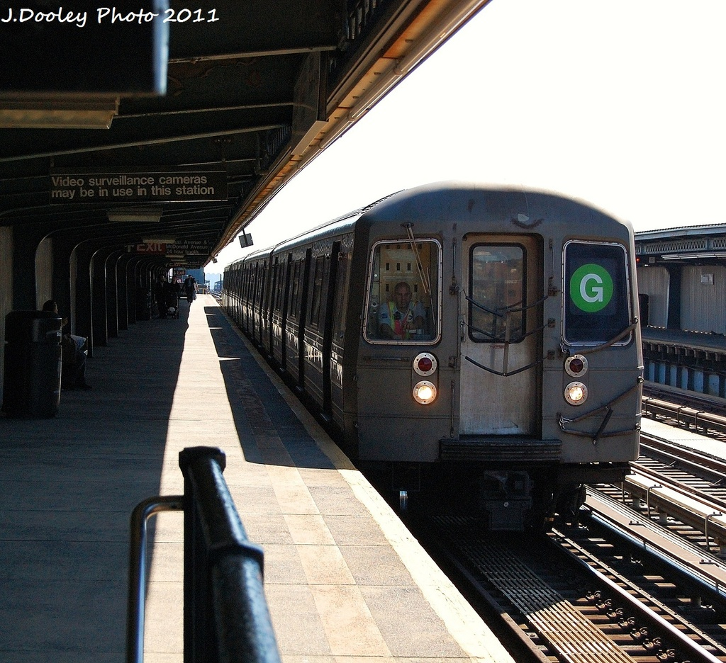 (448k, 1024x936)<br><b>Country:</b> United States<br><b>City:</b> New York<br><b>System:</b> New York City Transit<br><b>Line:</b> BMT Culver Line<br><b>Location:</b> Ditmas Avenue <br><b>Route:</b> G<br><b>Car:</b> R-68 (Westinghouse-Amrail, 1986-1988)  2786 <br><b>Photo by:</b> John Dooley<br><b>Date:</b> 10/9/2011<br><b>Viewed (this week/total):</b> 3 / 482