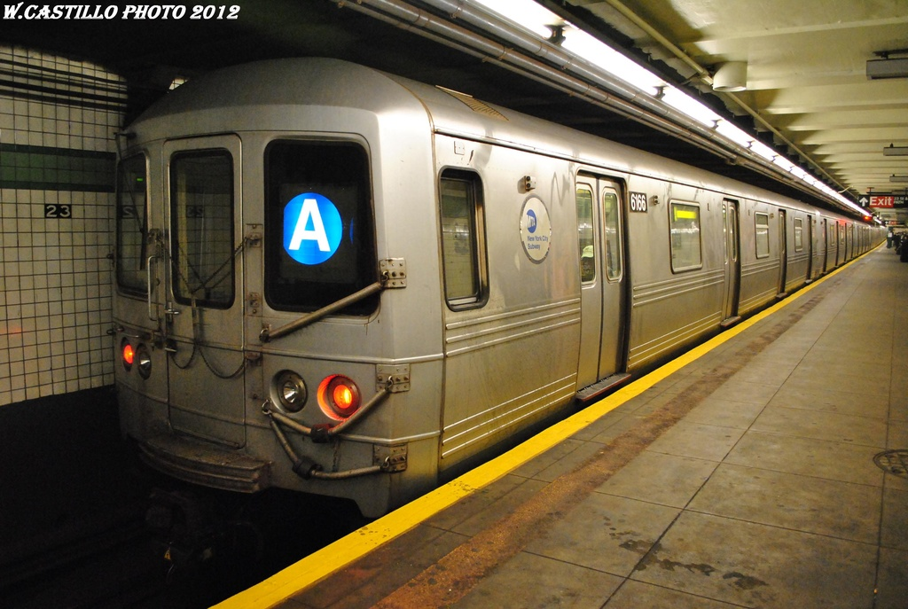 (292k, 1024x687)<br><b>Country:</b> United States<br><b>City:</b> New York<br><b>System:</b> New York City Transit<br><b>Line:</b> IND 6th Avenue Line<br><b>Location:</b> 23rd Street <br><b>Route:</b> A reroute<br><b>Car:</b> R-46 (Pullman-Standard, 1974-75) 6166 <br><b>Photo by:</b> Wilfredo Castillo<br><b>Date:</b> 3/15/2012<br><b>Viewed (this week/total):</b> 0 / 192