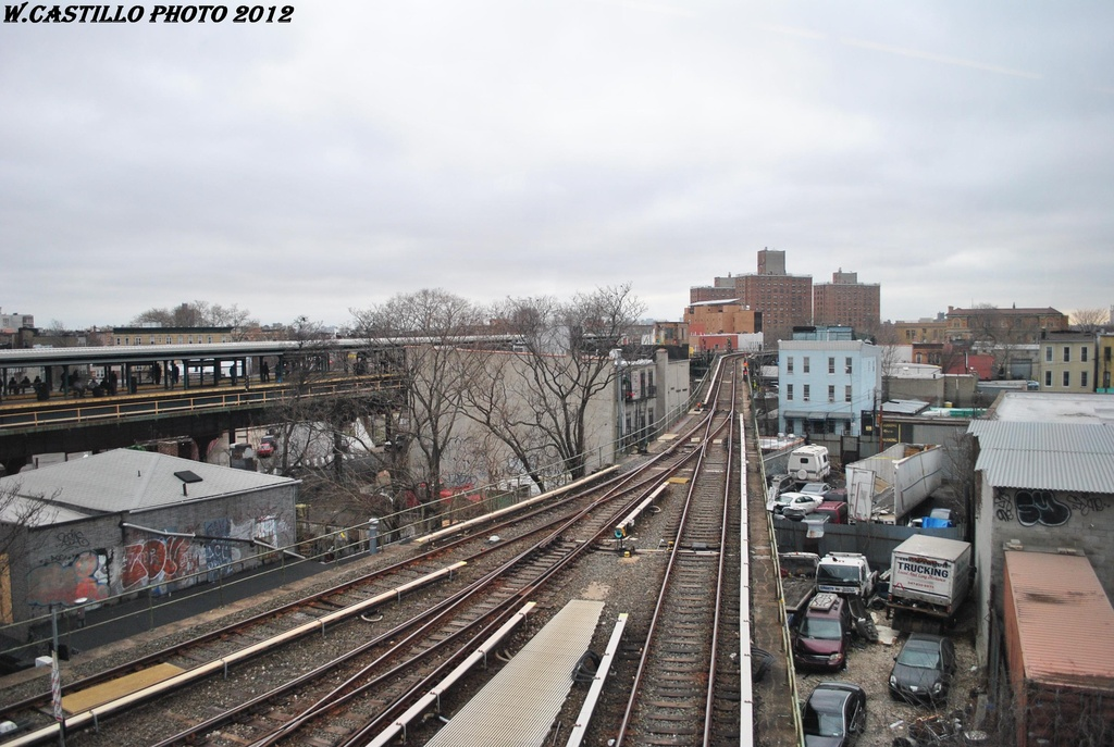 (307k, 1024x687)<br><b>Country:</b> United States<br><b>City:</b> New York<br><b>System:</b> New York City Transit<br><b>Location:</b> East New York Yard/Shops<br><b>Photo by:</b> Wilfredo Castillo<br><b>Date:</b> 3/15/2012<br><b>Viewed (this week/total):</b> 1 / 457