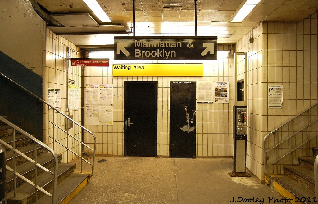 (350k, 1024x658)<br><b>Country:</b> United States<br><b>City:</b> New York<br><b>System:</b> New York City Transit<br><b>Line:</b> IRT Dyre Ave. Line<br><b>Location:</b> Dyre Avenue <br><b>Photo by:</b> John Dooley<br><b>Date:</b> 10/29/2011<br><b>Viewed (this week/total):</b> 2 / 639