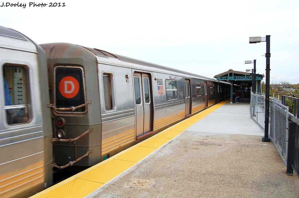 (300k, 1024x681)<br><b>Country:</b> United States<br><b>City:</b> New York<br><b>System:</b> New York City Transit<br><b>Line:</b> BMT West End Line<br><b>Location:</b> 71st Street <br><b>Route:</b> D<br><b>Car:</b> R-68 (Westinghouse-Amrail, 1986-1988)  2770 <br><b>Photo by:</b> John Dooley<br><b>Date:</b> 10/12/2011<br><b>Viewed (this week/total):</b> 3 / 994