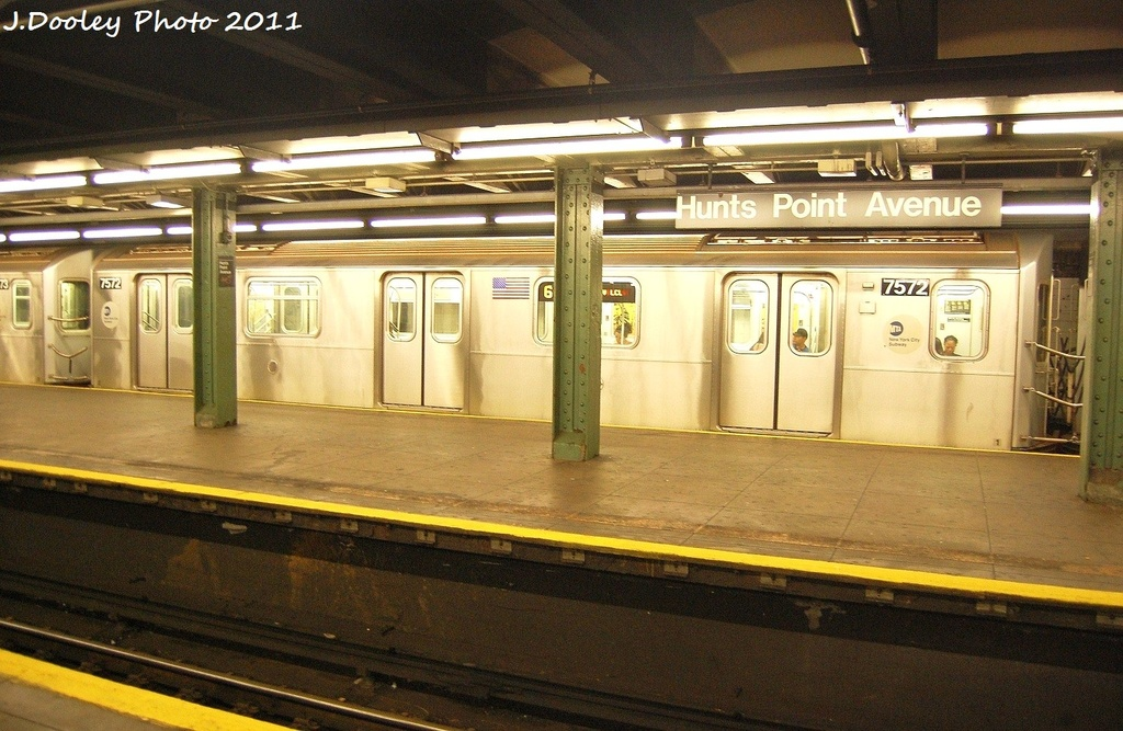 (346k, 1024x667)<br><b>Country:</b> United States<br><b>City:</b> New York<br><b>System:</b> New York City Transit<br><b>Line:</b> IRT Pelham Line<br><b>Location:</b> Hunts Point Avenue <br><b>Route:</b> 6<br><b>Car:</b> R-142A (Primary Order, Kawasaki, 1999-2002)  7572 <br><b>Photo by:</b> John Dooley<br><b>Date:</b> 9/22/2011<br><b>Viewed (this week/total):</b> 3 / 372