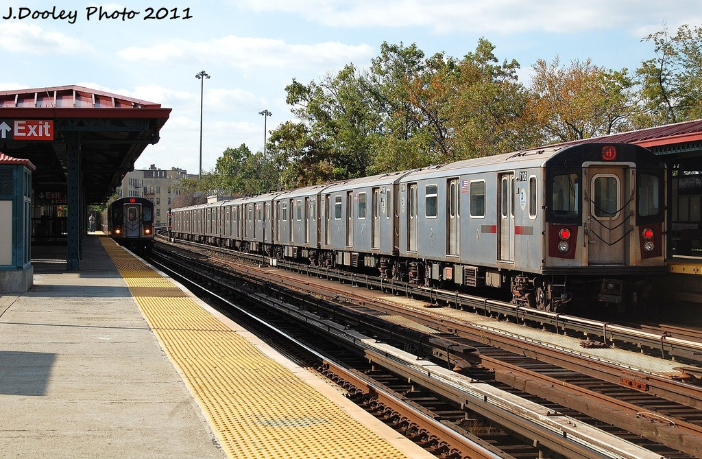 (429k, 1024x669)<br><b>Country:</b> United States<br><b>City:</b> New York<br><b>System:</b> New York City Transit<br><b>Line:</b> IRT Woodlawn Line<br><b>Location:</b> Bedford Park Boulevard <br><b>Route:</b> 4<br><b>Car:</b> R-142 (Option Order, Bombardier, 2002-2003)  7106 <br><b>Photo by:</b> John Dooley<br><b>Date:</b> 10/23/2011<br><b>Viewed (this week/total):</b> 0 / 179