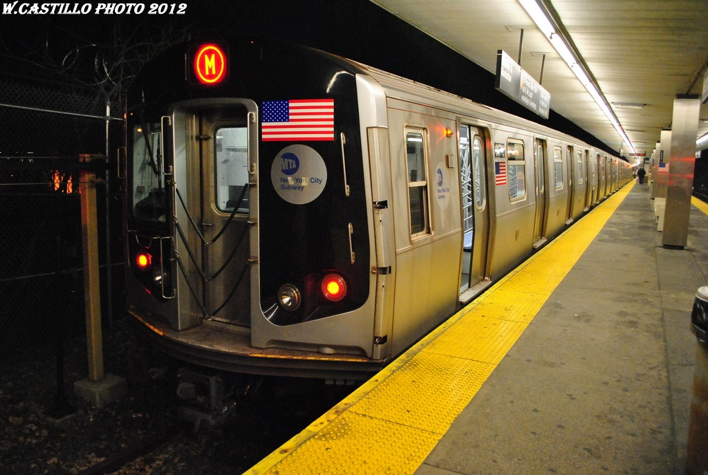 (289k, 1024x687)<br><b>Country:</b> United States<br><b>City:</b> New York<br><b>System:</b> New York City Transit<br><b>Line:</b> BMT Myrtle Avenue Line<br><b>Location:</b> Metropolitan Avenue <br><b>Route:</b> M<br><b>Car:</b> R-160A-1 (Alstom, 2005-2008, 4 car sets)  8572 <br><b>Photo by:</b> Wilfredo Castillo<br><b>Date:</b> 3/16/2012<br><b>Viewed (this week/total):</b> 0 / 324