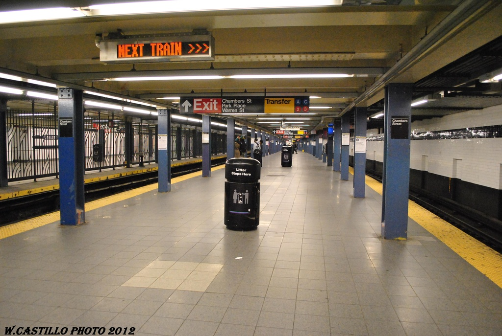 (296k, 1024x687)<br><b>Country:</b> United States<br><b>City:</b> New York<br><b>System:</b> New York City Transit<br><b>Line:</b> IND 8th Avenue Line<br><b>Location:</b> Chambers Street/World Trade Center <br><b>Photo by:</b> Wilfredo Castillo<br><b>Date:</b> 3/22/2012<br><b>Viewed (this week/total):</b> 1 / 492