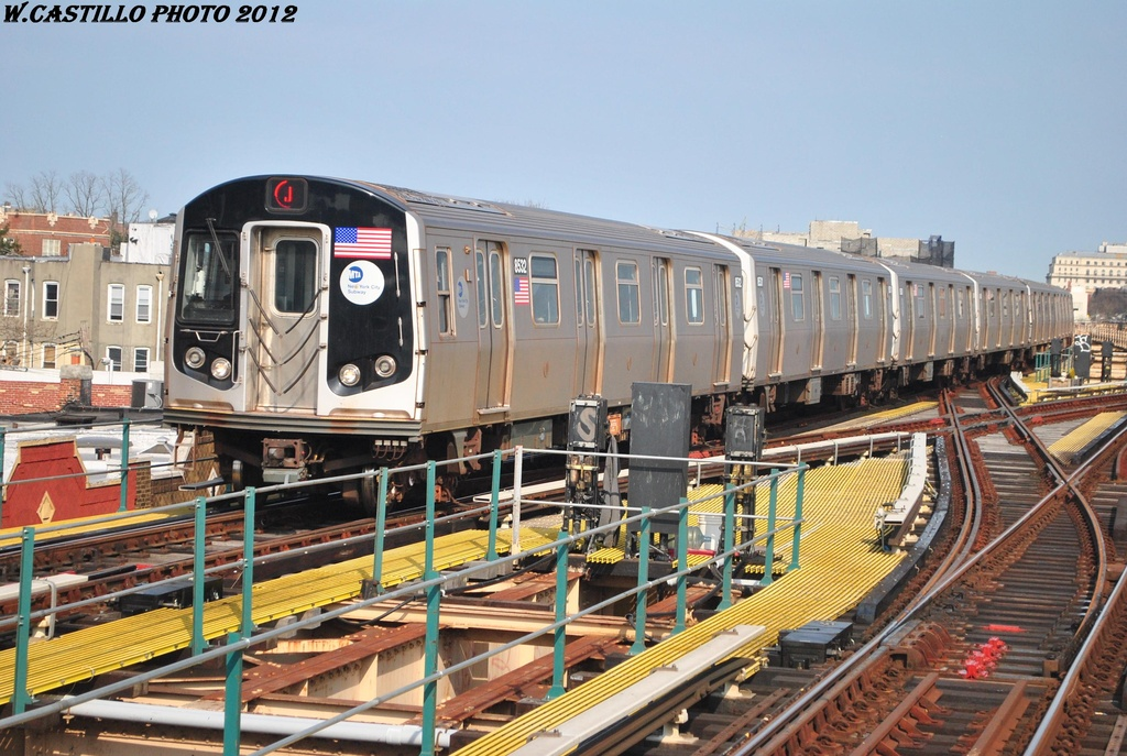 (341k, 1024x687)<br><b>Country:</b> United States<br><b>City:</b> New York<br><b>System:</b> New York City Transit<br><b>Line:</b> BMT Nassau Street/Jamaica Line<br><b>Location:</b> 121st Street <br><b>Route:</b> J<br><b>Car:</b> R-160A-1 (Alstom, 2005-2008, 4 car sets)  8532 <br><b>Photo by:</b> Wilfredo Castillo<br><b>Date:</b> 3/23/2012<br><b>Viewed (this week/total):</b> 0 / 971