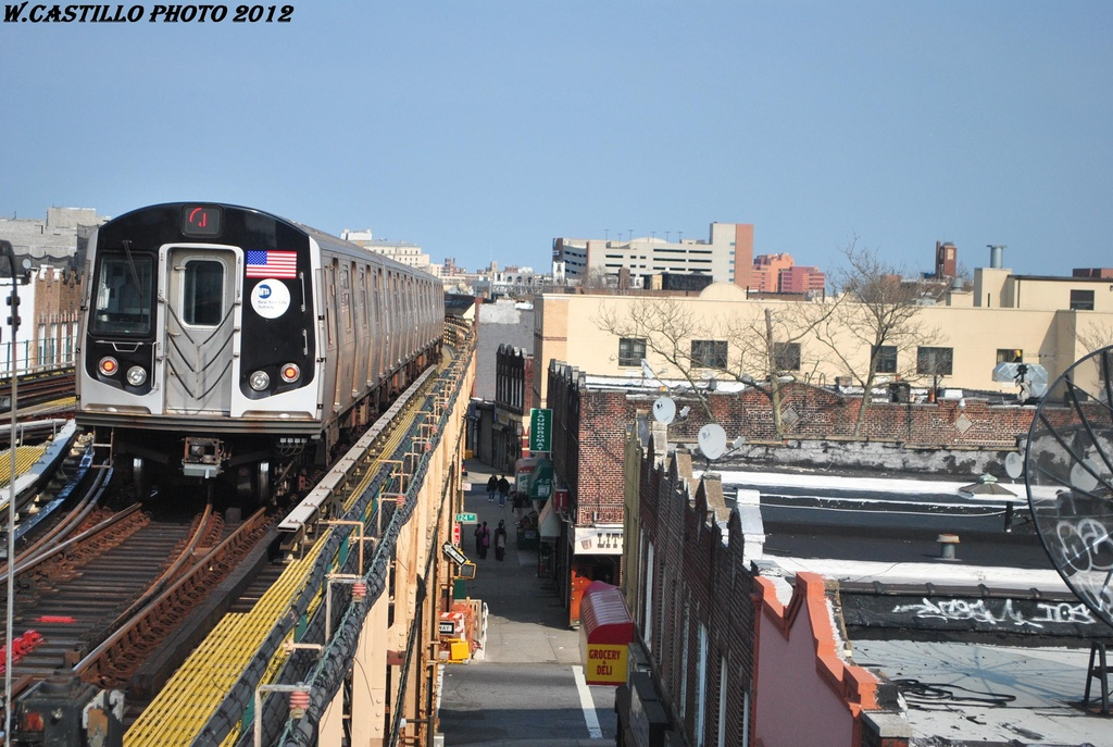 (326k, 1024x687)<br><b>Country:</b> United States<br><b>City:</b> New York<br><b>System:</b> New York City Transit<br><b>Line:</b> BMT Nassau Street/Jamaica Line<br><b>Location:</b> 121st Street <br><b>Route:</b> J<br><b>Car:</b> R-160A-1 (Alstom, 2005-2008, 4 car sets)  8541 <br><b>Photo by:</b> Wilfredo Castillo<br><b>Date:</b> 3/23/2012<br><b>Viewed (this week/total):</b> 1 / 424