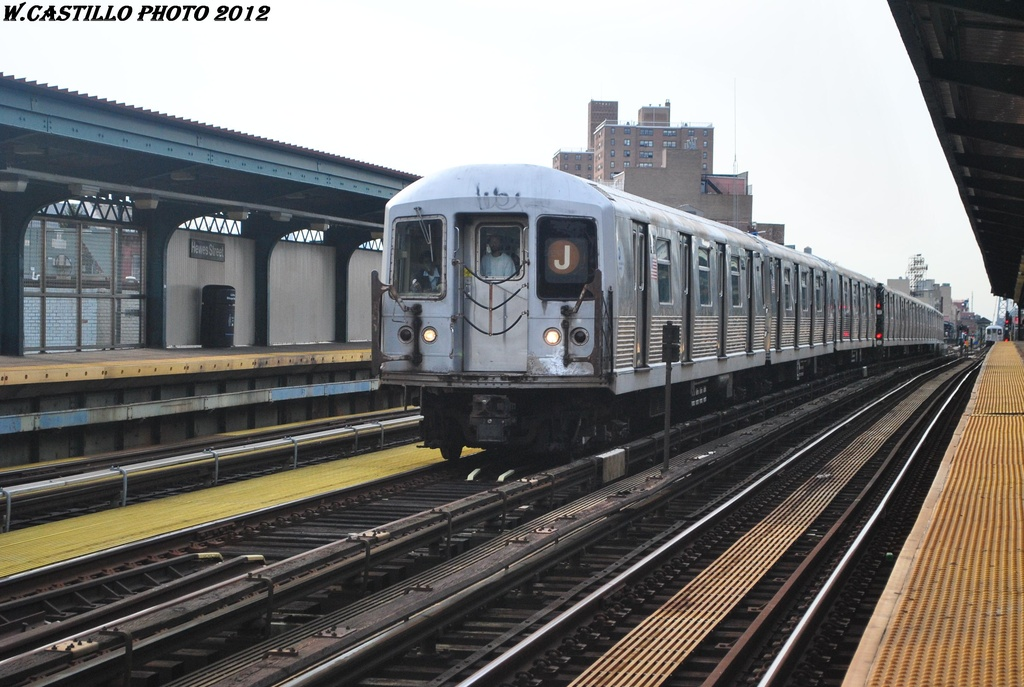 (302k, 1024x687)<br><b>Country:</b> United States<br><b>City:</b> New York<br><b>System:</b> New York City Transit<br><b>Line:</b> BMT Nassau Street/Jamaica Line<br><b>Location:</b> Hewes Street <br><b>Route:</b> J<br><b>Car:</b> R-42 (St. Louis, 1969-1970)   <br><b>Photo by:</b> Wilfredo Castillo<br><b>Date:</b> 3/23/2012<br><b>Viewed (this week/total):</b> 0 / 491
