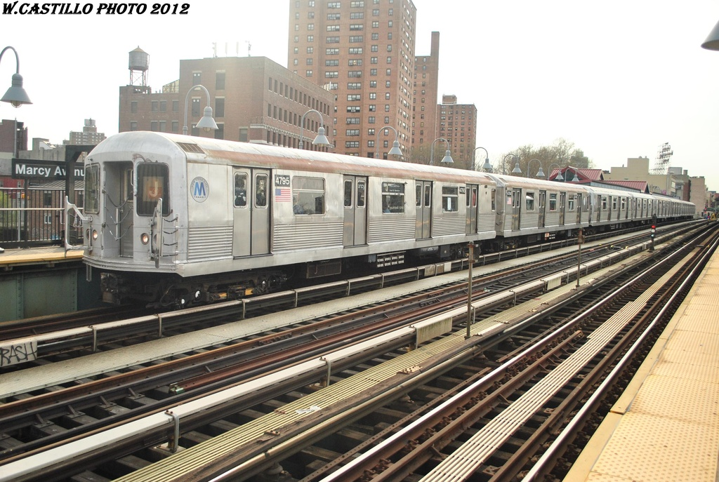 (333k, 1024x687)<br><b>Country:</b> United States<br><b>City:</b> New York<br><b>System:</b> New York City Transit<br><b>Line:</b> BMT Nassau Street/Jamaica Line<br><b>Location:</b> Marcy Avenue <br><b>Route:</b> J<br><b>Car:</b> R-42 (St. Louis, 1969-1970)  4795 <br><b>Photo by:</b> Wilfredo Castillo<br><b>Date:</b> 3/23/2012<br><b>Viewed (this week/total):</b> 6 / 537