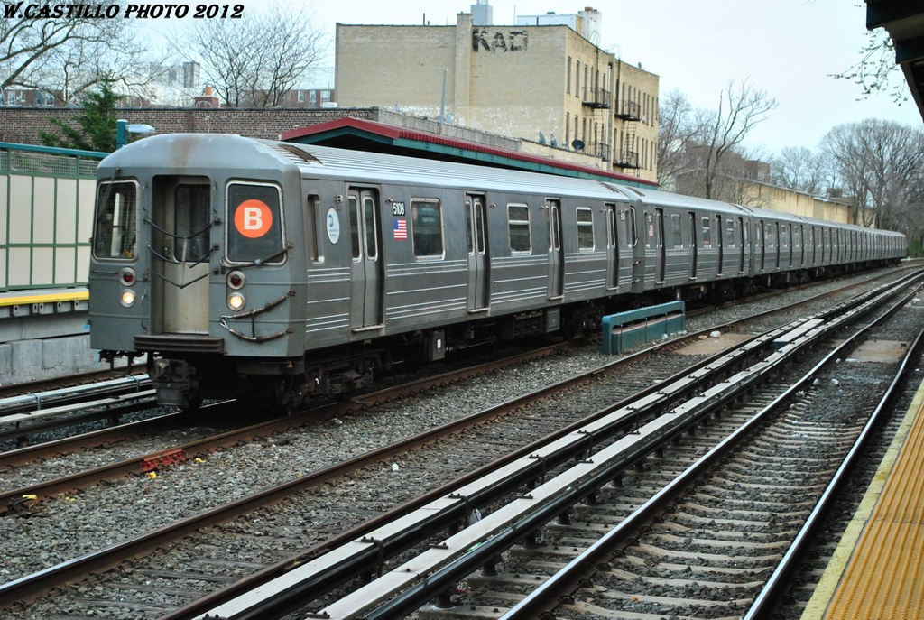 (387k, 1024x687)<br><b>Country:</b> United States<br><b>City:</b> New York<br><b>System:</b> New York City Transit<br><b>Line:</b> BMT Brighton Line<br><b>Location:</b> Avenue H <br><b>Route:</b> B<br><b>Car:</b> R-68A (Kawasaki, 1988-1989)  5108 <br><b>Photo by:</b> Wilfredo Castillo<br><b>Date:</b> 3/23/2012<br><b>Viewed (this week/total):</b> 0 / 608