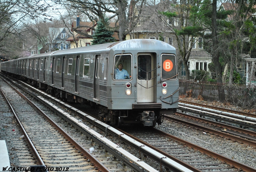 (435k, 1024x687)<br><b>Country:</b> United States<br><b>City:</b> New York<br><b>System:</b> New York City Transit<br><b>Line:</b> BMT Brighton Line<br><b>Location:</b> Avenue H <br><b>Route:</b> B<br><b>Car:</b> R-68A (Kawasaki, 1988-1989)  5126 <br><b>Photo by:</b> Wilfredo Castillo<br><b>Date:</b> 3/23/2012<br><b>Viewed (this week/total):</b> 3 / 249