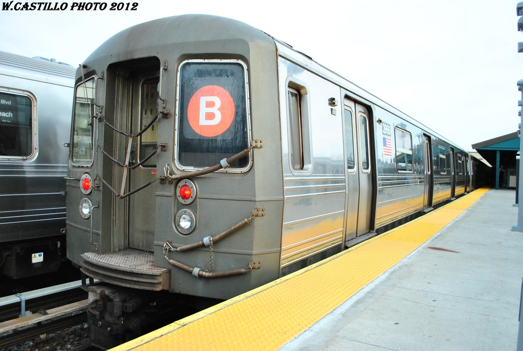 (266k, 1024x687)<br><b>Country:</b> United States<br><b>City:</b> New York<br><b>System:</b> New York City Transit<br><b>Line:</b> BMT Brighton Line<br><b>Location:</b> Kings Highway <br><b>Route:</b> B<br><b>Car:</b> R-68 (Westinghouse-Amrail, 1986-1988)  2866 <br><b>Photo by:</b> Wilfredo Castillo<br><b>Date:</b> 3/23/2012<br><b>Viewed (this week/total):</b> 0 / 267
