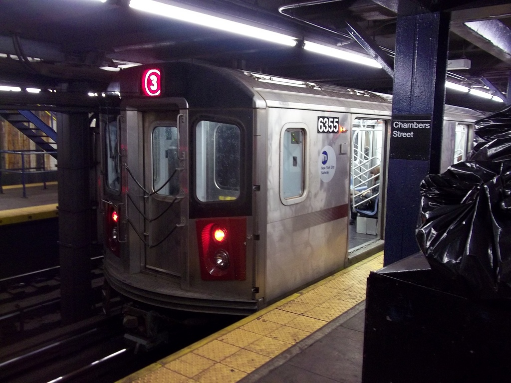 (304k, 1024x768)<br><b>Country:</b> United States<br><b>City:</b> New York<br><b>System:</b> New York City Transit<br><b>Line:</b> IRT West Side Line<br><b>Location:</b> Chambers Street <br><b>Route:</b> 3<br><b>Car:</b> R-142 (Primary Order, Bombardier, 1999-2002)  6355 <br><b>Photo by:</b> Christopher Henderson<br><b>Date:</b> 1/1/2011<br><b>Viewed (this week/total):</b> 1 / 779