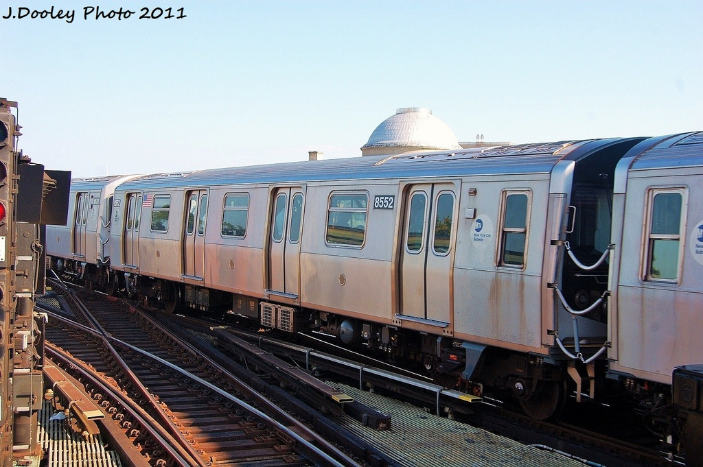 (329k, 1024x681)<br><b>Country:</b> United States<br><b>City:</b> New York<br><b>System:</b> New York City Transit<br><b>Line:</b> BMT Nassau Street/Jamaica Line<br><b>Location:</b> Myrtle Avenue <br><b>Route:</b> M<br><b>Car:</b> R-160A-1 (Alstom, 2005-2008, 4 car sets)  8552 <br><b>Photo by:</b> John Dooley<br><b>Date:</b> 8/17/2011<br><b>Viewed (this week/total):</b> 0 / 221