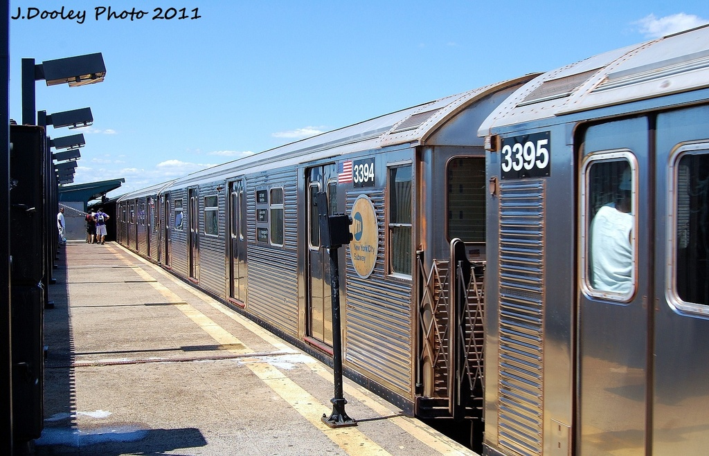 (353k, 1024x659)<br><b>Country:</b> United States<br><b>City:</b> New York<br><b>System:</b> New York City Transit<br><b>Line:</b> IND Fulton Street Line<br><b>Location:</b> 88th Street/Boyd Avenue <br><b>Route:</b> A<br><b>Car:</b> R-32 (Budd, 1964)  3394 <br><b>Photo by:</b> John Dooley<br><b>Date:</b> 8/11/2011<br><b>Viewed (this week/total):</b> 1 / 541