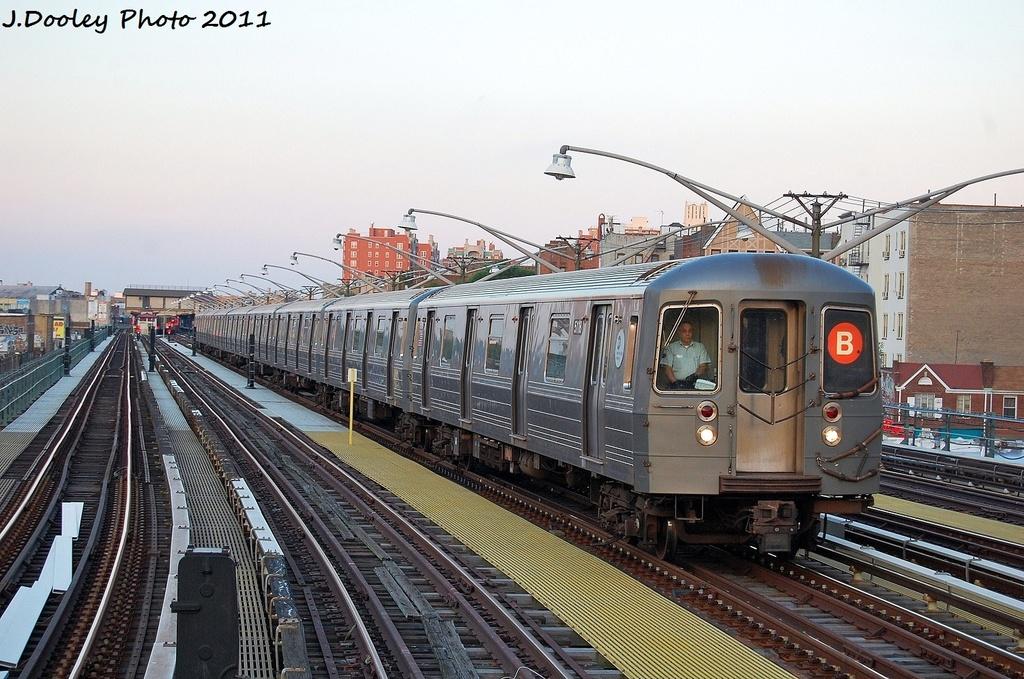 (361k, 1024x679)<br><b>Country:</b> United States<br><b>City:</b> New York<br><b>System:</b> New York City Transit<br><b>Line:</b> BMT Brighton Line<br><b>Location:</b> Ocean Parkway <br><b>Route:</b> D<br><b>Car:</b> R-68A (Kawasaki, 1988-1989)  5118 <br><b>Photo by:</b> John Dooley<br><b>Date:</b> 8/10/2011<br><b>Viewed (this week/total):</b> 9 / 492