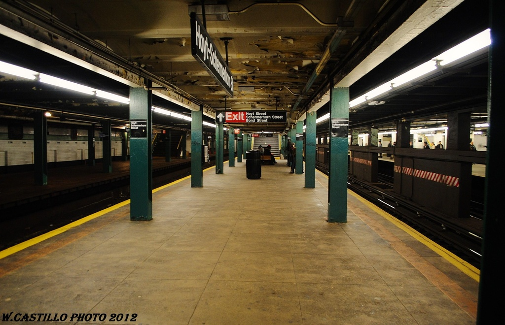 (293k, 1024x660)<br><b>Country:</b> United States<br><b>City:</b> New York<br><b>System:</b> New York City Transit<br><b>Line:</b> IND Fulton Street Line<br><b>Location:</b> Hoyt-Schermerhorn Street <br><b>Photo by:</b> Wilfredo Castillo<br><b>Date:</b> 3/27/2012<br><b>Viewed (this week/total):</b> 3 / 476
