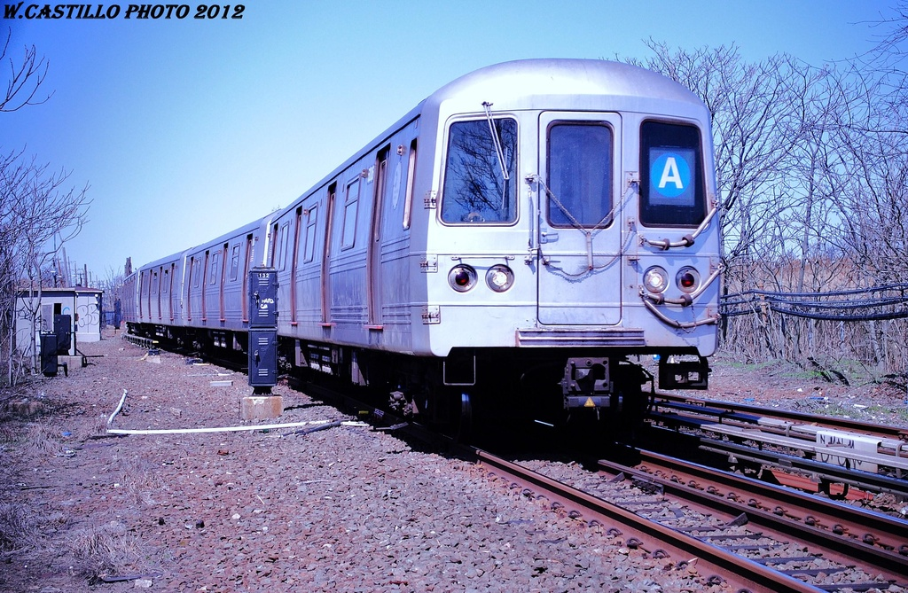 (409k, 1024x669)<br><b>Country:</b> United States<br><b>City:</b> New York<br><b>System:</b> New York City Transit<br><b>Line:</b> IND Rockaway<br><b>Location:</b> Howard Beach <br><b>Route:</b> A<br><b>Car:</b> R-46 (Pullman-Standard, 1974-75) 6006 <br><b>Photo by:</b> Wilfredo Castillo<br><b>Date:</b> 3/27/2012<br><b>Viewed (this week/total):</b> 0 / 299