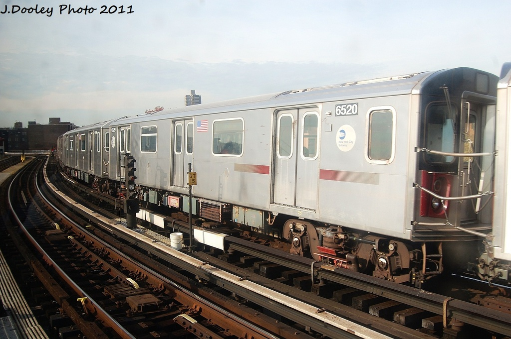 (309k, 1024x681)<br><b>Country:</b> United States<br><b>City:</b> New York<br><b>System:</b> New York City Transit<br><b>Line:</b> IRT White Plains Road Line<br><b>Location:</b> East 180th Street <br><b>Route:</b> 5<br><b>Car:</b> R-142 (Primary Order, Bombardier, 1999-2002)  6520 <br><b>Photo by:</b> John Dooley<br><b>Date:</b> 11/14/2011<br><b>Viewed (this week/total):</b> 2 / 547