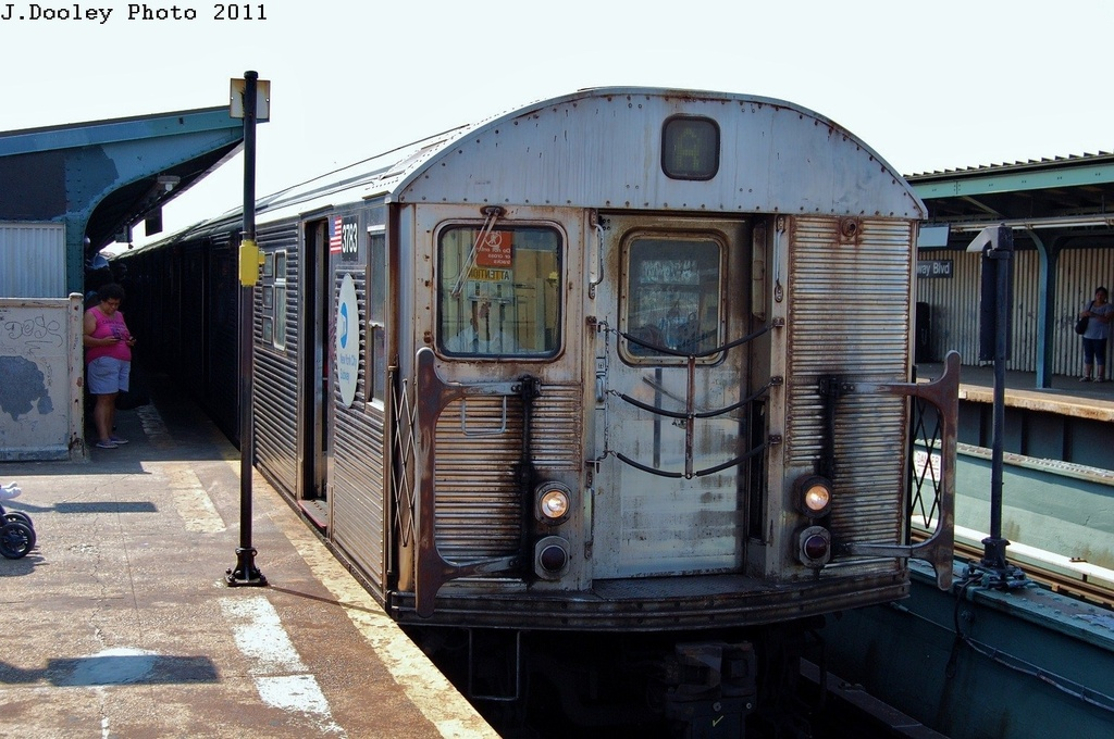(323k, 1024x680)<br><b>Country:</b> United States<br><b>City:</b> New York<br><b>System:</b> New York City Transit<br><b>Line:</b> IND Fulton Street Line<br><b>Location:</b> Rockaway Boulevard <br><b>Route:</b> A<br><b>Car:</b> R-32 (Budd, 1964)  3738 <br><b>Photo by:</b> John Dooley<br><b>Date:</b> 8/20/2011<br><b>Viewed (this week/total):</b> 0 / 160