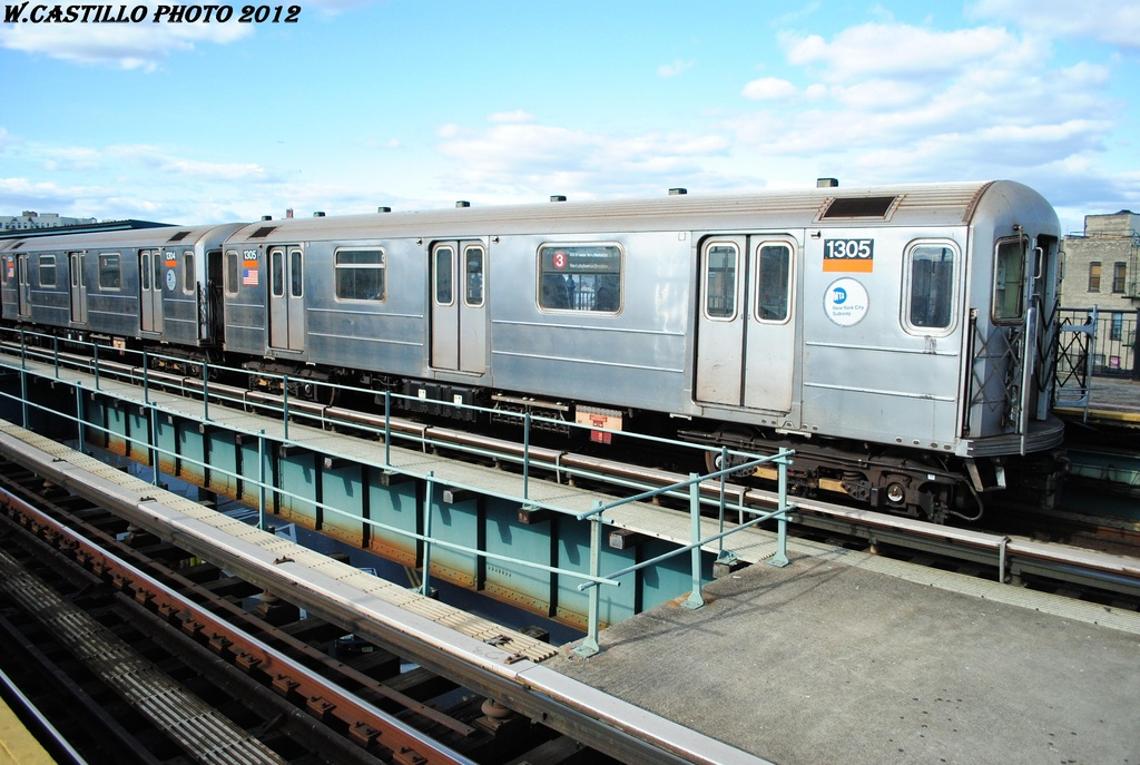 (319k, 1024x687)<br><b>Country:</b> United States<br><b>City:</b> New York<br><b>System:</b> New York City Transit<br><b>Line:</b> IRT Brooklyn Line<br><b>Location:</b> Saratoga Avenue <br><b>Route:</b> 3<br><b>Car:</b> R-62 (Kawasaki, 1983-1985)  1304 <br><b>Photo by:</b> Wilfredo Castillo<br><b>Date:</b> 3/29/2012<br><b>Viewed (this week/total):</b> 3 / 207
