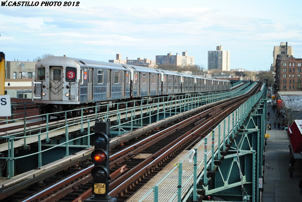 (342k, 1024x687)<br><b>Country:</b> United States<br><b>City:</b> New York<br><b>System:</b> New York City Transit<br><b>Line:</b> IRT Brooklyn Line<br><b>Location:</b> Saratoga Avenue <br><b>Route:</b> 3<br><b>Car:</b> R-62 (Kawasaki, 1983-1985)  1485 <br><b>Photo by:</b> Wilfredo Castillo<br><b>Date:</b> 3/29/2012<br><b>Viewed (this week/total):</b> 2 / 748
