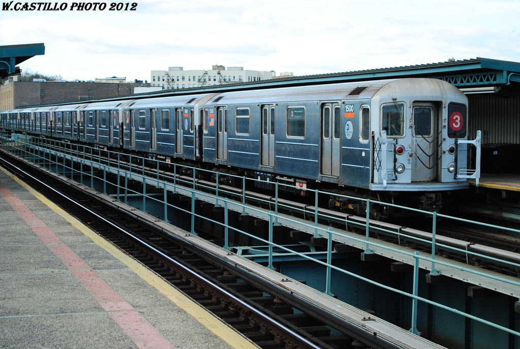 (328k, 1024x687)<br><b>Country:</b> United States<br><b>City:</b> New York<br><b>System:</b> New York City Transit<br><b>Line:</b> IRT Brooklyn Line<br><b>Location:</b> Sutter Avenue/Rutland Road <br><b>Route:</b> 3<br><b>Car:</b> R-62 (Kawasaki, 1983-1985)  1500 <br><b>Photo by:</b> Wilfredo Castillo<br><b>Date:</b> 3/29/2012<br><b>Viewed (this week/total):</b> 0 / 748