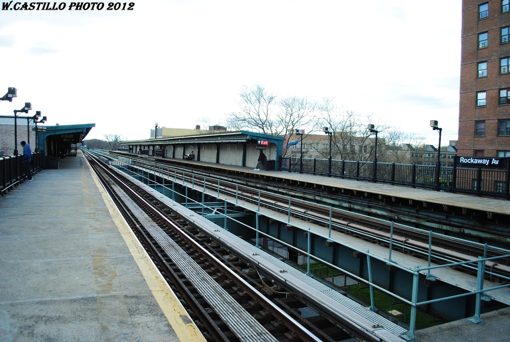(313k, 1024x687)<br><b>Country:</b> United States<br><b>City:</b> New York<br><b>System:</b> New York City Transit<br><b>Line:</b> IRT Brooklyn Line<br><b>Location:</b> Rockaway Avenue <br><b>Photo by:</b> Wilfredo Castillo<br><b>Date:</b> 3/29/2012<br><b>Viewed (this week/total):</b> 1 / 168