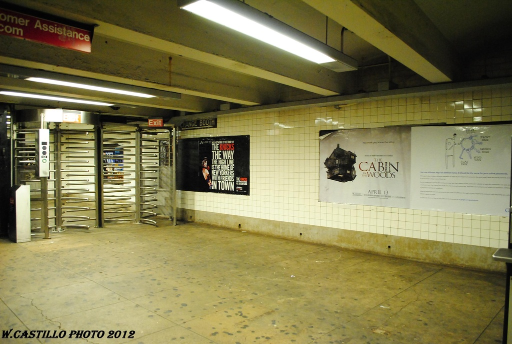 (284k, 1024x687)<br><b>Country:</b> United States<br><b>City:</b> New York<br><b>System:</b> New York City Transit<br><b>Line:</b> IND Concourse Line<br><b>Location:</b> Fordham Road <br><b>Photo by:</b> Wilfredo Castillo<br><b>Date:</b> 3/31/2012<br><b>Viewed (this week/total):</b> 4 / 379