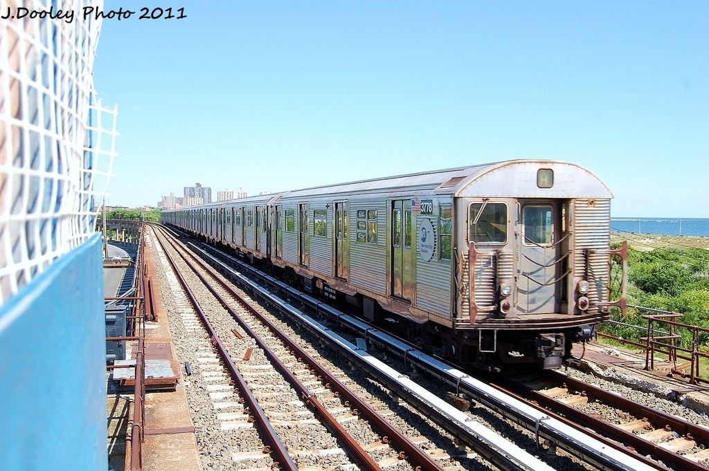 (376k, 1024x681)<br><b>Country:</b> United States<br><b>City:</b> New York<br><b>System:</b> New York City Transit<br><b>Line:</b> IND Rockaway<br><b>Location:</b> Beach 44th Street/Frank Avenue <br><b>Route:</b> A<br><b>Car:</b> R-32 (Budd, 1964)  3778 <br><b>Photo by:</b> John Dooley<br><b>Date:</b> 8/11/2011<br><b>Viewed (this week/total):</b> 1 / 166