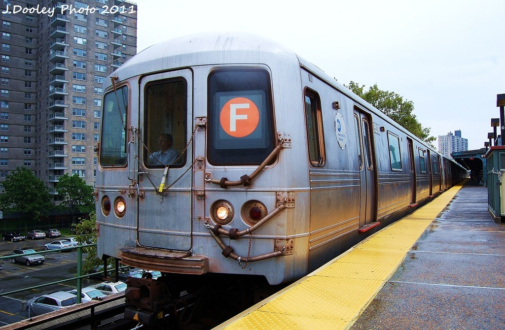 (374k, 1024x670)<br><b>Country:</b> United States<br><b>City:</b> New York<br><b>System:</b> New York City Transit<br><b>Line:</b> BMT Culver Line<br><b>Location:</b> Neptune Avenue <br><b>Route:</b> F<br><b>Car:</b> R-46 (Pullman-Standard, 1974-75) 5538 <br><b>Photo by:</b> John Dooley<br><b>Date:</b> 8/25/2011<br><b>Viewed (this week/total):</b> 0 / 221
