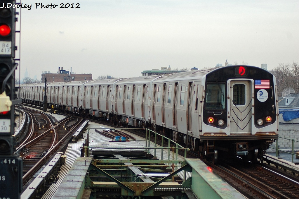 (309k, 1024x680)<br><b>Country:</b> United States<br><b>City:</b> New York<br><b>System:</b> New York City Transit<br><b>Line:</b> BMT Culver Line<br><b>Location:</b> Kings Highway <br><b>Route:</b> F<br><b>Car:</b> R-160A (Option 1) (Alstom, 2008-2009, 5 car sets)  9277 <br><b>Photo by:</b> John Dooley<br><b>Date:</b> 1/26/2012<br><b>Viewed (this week/total):</b> 0 / 811