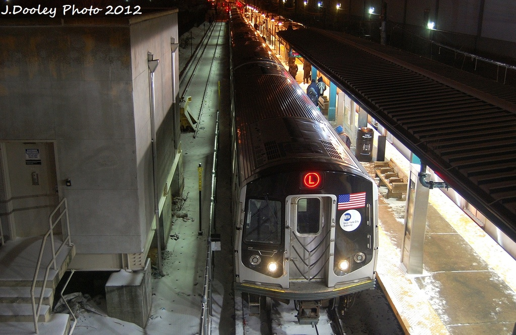 (332k, 1024x666)<br><b>Country:</b> United States<br><b>City:</b> New York<br><b>System:</b> New York City Transit<br><b>Line:</b> BMT Canarsie Line<br><b>Location:</b> East 105th Street <br><b>Route:</b> L<br><b>Car:</b> R-160A-1 (Alstom, 2005-2008, 4 car sets)   <br><b>Photo by:</b> John Dooley<br><b>Date:</b> 1/21/2012<br><b>Viewed (this week/total):</b> 3 / 363