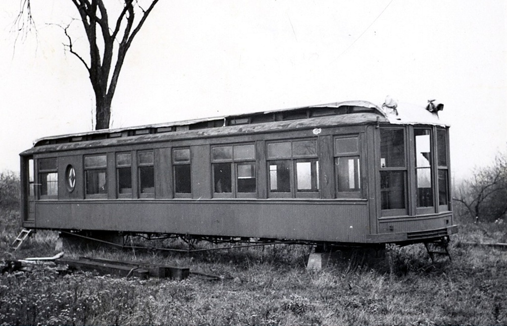 (225k, 1024x658)<br><b>Country:</b> United States<br><b>City:</b> East Haven/Branford, Ct.<br><b>System:</b> Shore Line Trolley Museum <br><b>Car:</b> Hi-V 3344 <i>Mineola</i> <br><b>Collection of:</b> Frank Pfuhler<br><b>Date:</b> 11/13/1949<br><b>Viewed (this week/total):</b> 0 / 675