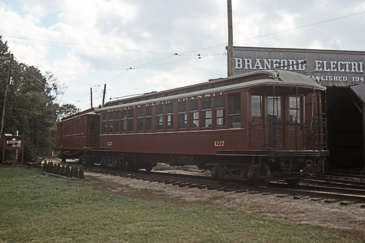 (345k, 1044x705)<br><b>Country:</b> United States<br><b>City:</b> East Haven/Branford, Ct.<br><b>System:</b> Shore Line Trolley Museum <br><b>Car:</b> BMT Elevated Gate Car 1227 <br><b>Collection of:</b> David Pirmann<br><b>Date:</b> 10/9/1988<br><b>Viewed (this week/total):</b> 1 / 495